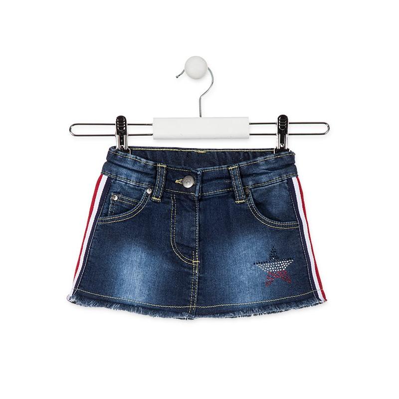 6e3f329e910 Παιδική κοντή φούστα τζιν για κορίτσι. Λάστιχο στη μέση για καλύτερη  εφαρμογή. Ελαστικό ύφασμα για εξαιρετική άνεση όλες τις ώρες. Σχέδιο στο  τελείωμα.
